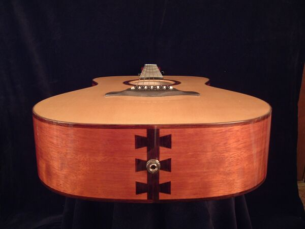 oodoves-Guitar-Luthier-LuthierDB-Image-10